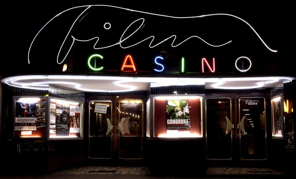 AT - Film Casino