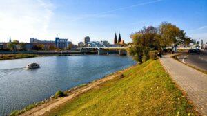 frankfurt-main_ufer_sonnenuntergang