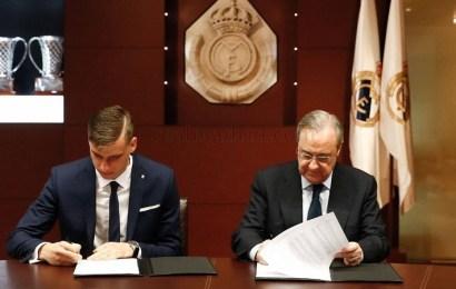 El Real Madrid presenta a su nuevo portero ucraniano de 19 años, Andriy Lunin