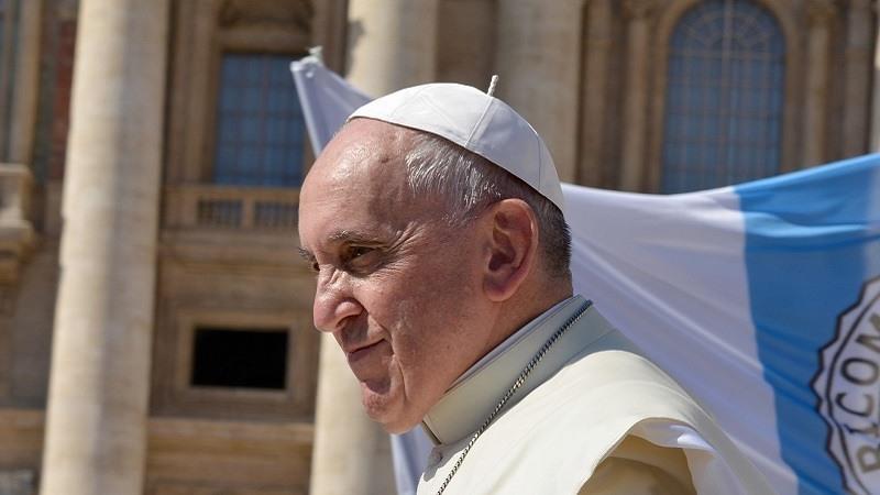 """El Papa Francisco """"condena enérgicamente las atrocidades"""" cometidas por 300 sacerdotes estadounidenses"""