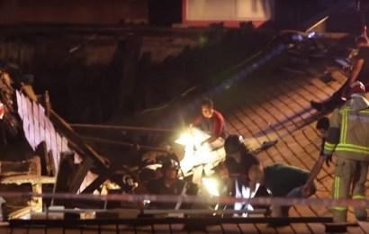 """Más de 310 heridos, 5 graves, tras desplomarse una pasarela durante un concierto de """"O Marisquiño"""" en Vigo"""