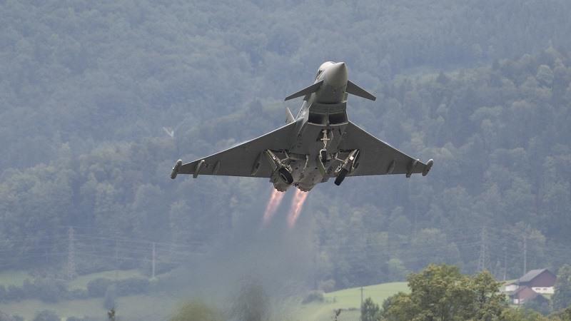 Un Eurofighter espanol dispara accidentalmente un misil en Estonia