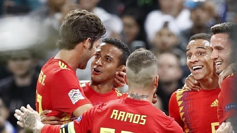 La selección española vencio a Inglaterra (1-2)