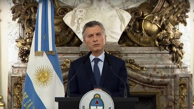 Mauricio Macri anuncia nuevas medidas de austeridad en Argentina