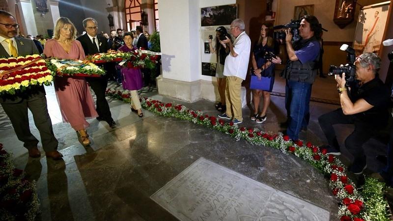 Quim Torra ha participado en la ofrenda floral a la tumba de Rafael Casanova en Sant Boi de Llobregat en la Diada 2018
