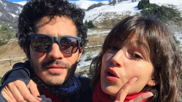 Ursula Corbero y Chino Darin en la montana. Foto Instagram @chinodarin