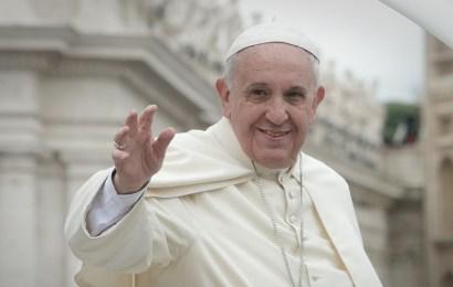 """El Papa Francisco comparó el aborto con el uso de un """"sicario"""""""