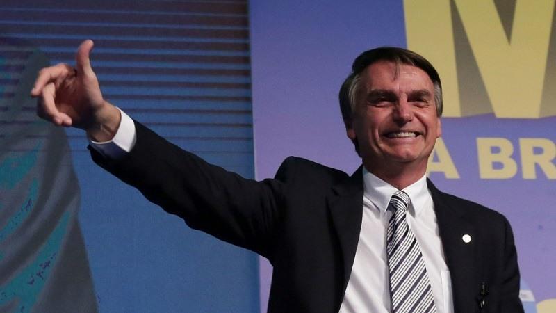El ultra Bolsonaro arrasa en brasil pero necesitara una segunda vuelta