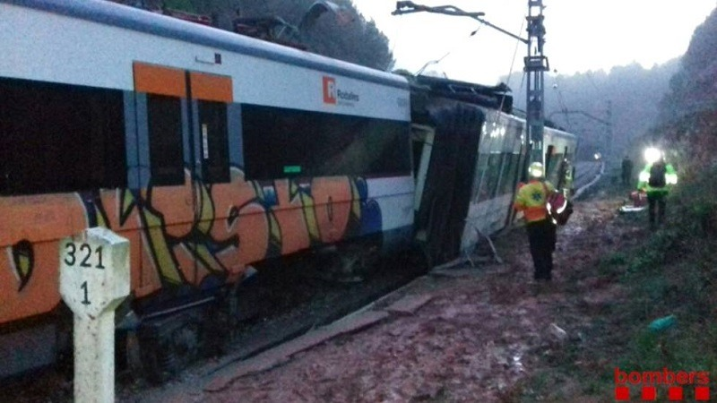 Descarrila un tren en Barcelona
