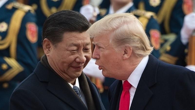 """Trump afirma que China está desplegando tropas en la frontera con Hong Kong y pide """"calma"""""""