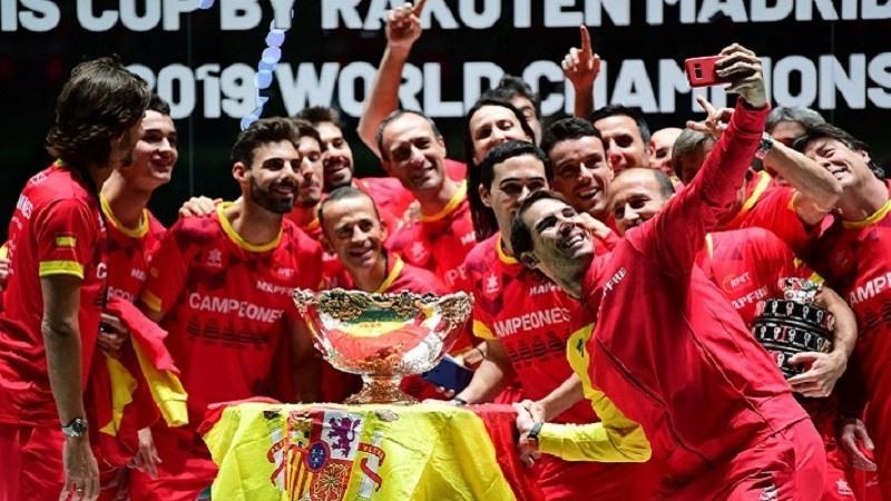Nadal da a España la Copa Davis más emotiva