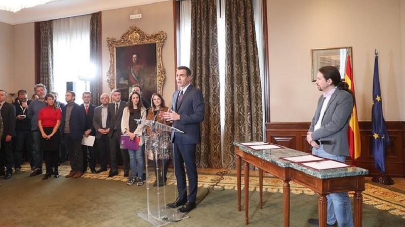 Pedro-Sanchez-explica-el-preacuerdo-PSOE-UP