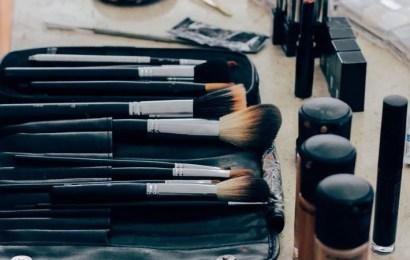 Descubre las ventajas de apuntarse a un curso de maquillaje para convertirse en todo un experto en este campo
