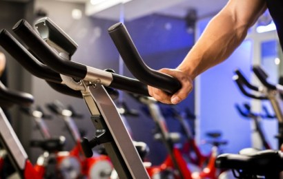 ¿Bicicleta estática o bicicleta de spinning? ¿Cuál elegir?