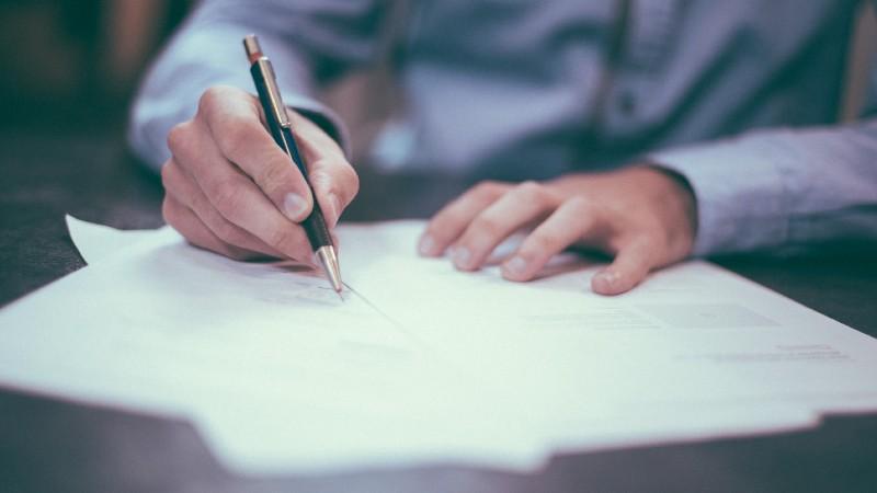Contratar a un despacho de abogados profesional