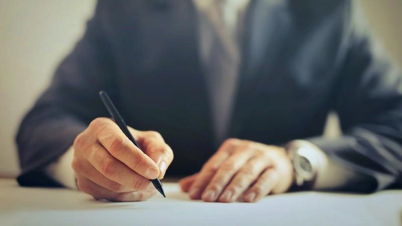 factores que influyen en el precio de un notario