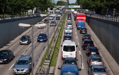 Pico y placa: solución efectiva implementada en Medellín para controlar el tráfico