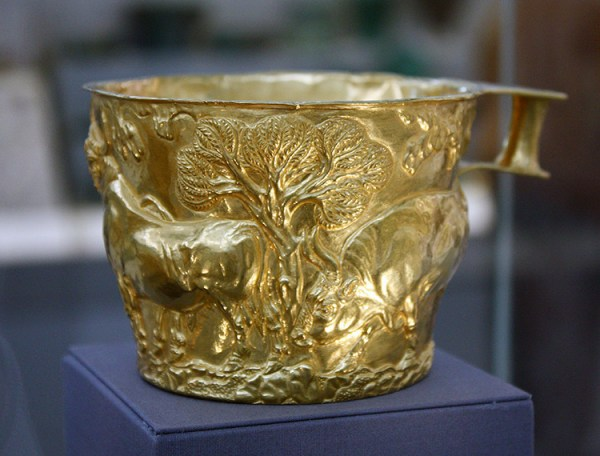 The Bronze Age gold Vaphio cups