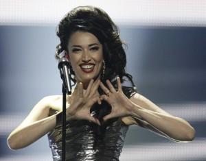 Nina Zilli al termine della sua esibizione all'Eurofestival di Baku