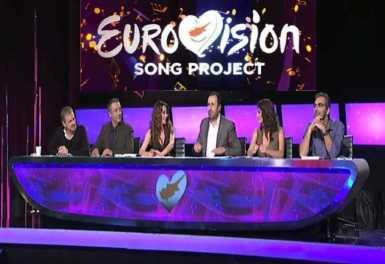 Άλεξ Παναγή, Τάσο Τρύφωνος, Έλενα Πατρόκλου, Δέσποινα Ολυμπίου, Δημήτρη Κοντόπουλο (συνθέτης πολλών επιτυχιών) και Christer Bjorkman (executive producer της Σουηδικής Τηλεόρασης).