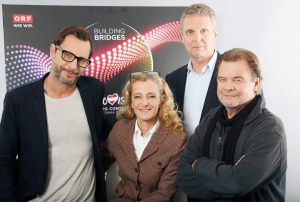 Team-Scenografia-ESC-2015 - Florian Wieder (a sinistra), Kathrin Zechner, Al Gurdon e Kurt Pongratz (in basso a destra)