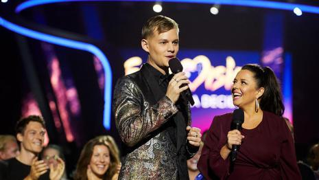 sbs-eurovision-hosts-joel-creasey-and-myf-warhurst-at-australia-decides-v2