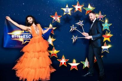 Conchita Wurst und Steven Gätjen präsentieren den #FreeESC.