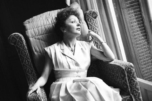 Edith-Piaf-une-voix-qui-vibre-toujours