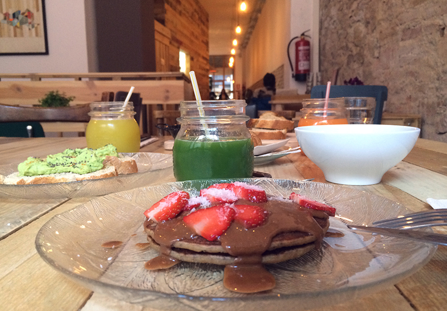 healthy vegan and vegetarian food prepared in Barcelona