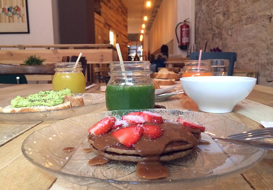 healthy vegan and vegetarian food prepared in Barcelona
