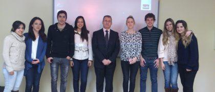 Joaquín Fuentes con los alumnos de Publicidad de la UEM