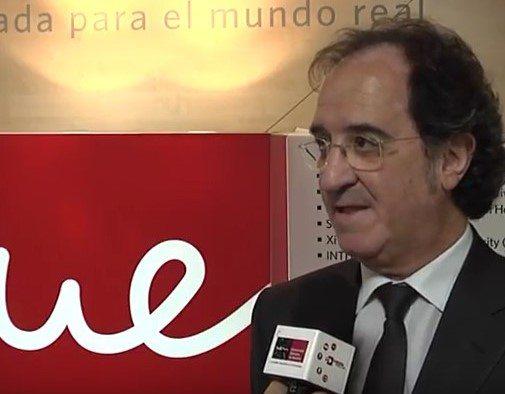 Julián Redondoen la UEM