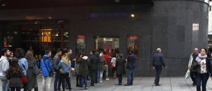 Cola en el Cine Callao de Madrid