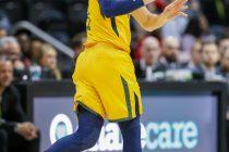 ELX08. ATLANTA (GE, EE.UU.), 22/01/2018. El defensa español de Utah Jazz Ricky Rubio en acción durante un partido de baloncesto de la NBA entre los Utah Jazz y los Atlanta Hawks hoy, lunes 22 de enero de 2018, en el Philips Arena de Atlanta, Georgia (EE.UU.). EFE/Erik S. Lesser