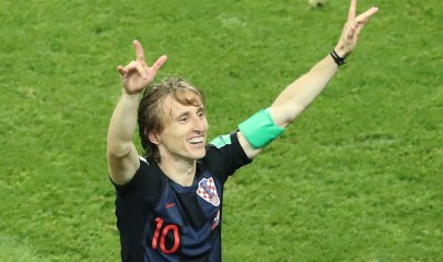 Sochi (Russian Federation), 07/07/2018.- Luka Modric of Croatia celebrates after the FIFA World Cup 2018 quarter final soccer match between Russia and Croatia in Sochi, Russia, 07 July 2018. Croatia won on penalties 4-3. (RESTRICTIONS APPLY: Editorial Use Only, not used in association with any commercial entity - Images must not be used in any form of alert service or push service of any kind including via mobile alert services, downloads to mobile devices or MMS messaging - Images must appear as still images and must not emulate match action video footage - No alteration is made to, and no text or image is superimposed over, any published image which: (a) intentionally obscures or removes a sponsor identification image; or (b) adds or overlays the commercial identification of any third party which is not officially associated with the FIFA World Cup) (Croacia, Mundial de Fútbol, Rusia) EFE/EPA/KHALED ELFIQI EDITORIAL USE ONLY