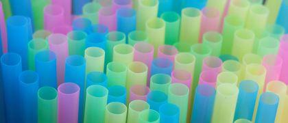 Industria_plastica-Comision_Europea-Union_Europea-Catastrofes_medioambientales-Contaminacion-Ecologia_310730723_79670429_1024x576
