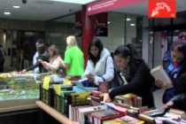 Video thumbnail for youtube video Mercadillo solidario de libros en la UEM