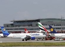 Activity on the apron at Hamburg Airport