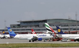 Activity on the apron at Hamburg Airport