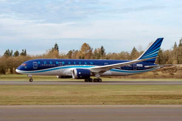 First Boeing 787 Dreamliner for Azerbaijan Airlines