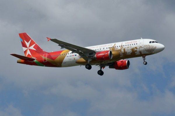 Air Malta Airbus A320-200 in a special Valletta livery (© O. Pritzkow)