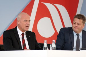 Stefan Pichler (left), CEO airberlin, and Aage Dünhaupt, Senior VC Communications (© O. Pritzkow)
