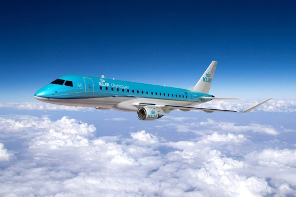 Embraer 175+ in the livery of KLM cityhopper (© Embraer)