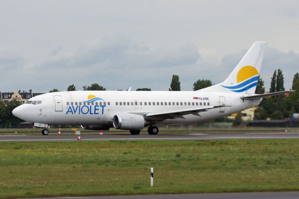 Aviolet Boeing 737-300 (© O. Pritzkow)