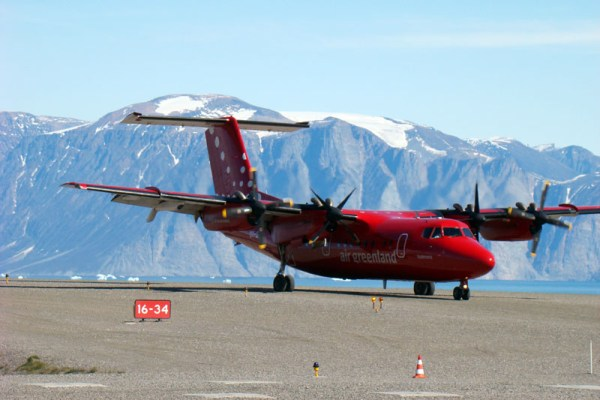 Air Greenland DeHavilland Canada DHC-7 (GNU 1.2 Eyewall)