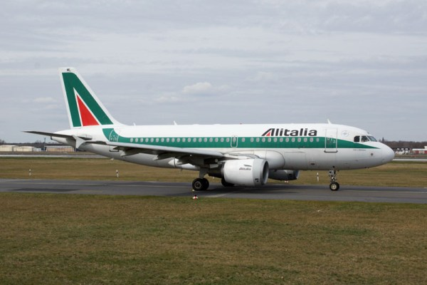 Alitalia Airbus A319-100 (© O. Pritzkow)