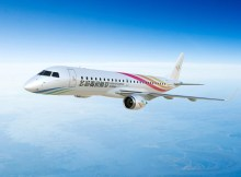 Embraer E-190 in the livery of Guizhou Airlines (© Embraer)
