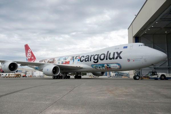 Boeing 747-8F der Cargolux in Sonderlackierung zum 45. Jubiläum (© Cargolux)