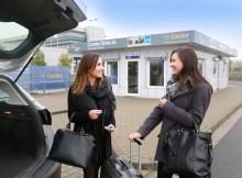 Condors Drive-In-Schalter für Gepäck am Flughafen Frankfurt (© Condor)