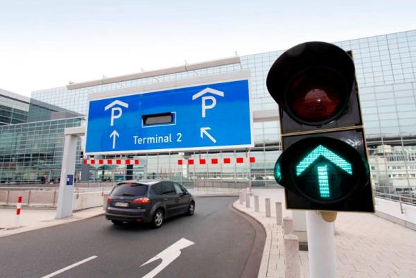 Parkhauszufahrt Terminal 2 (© Fraport)